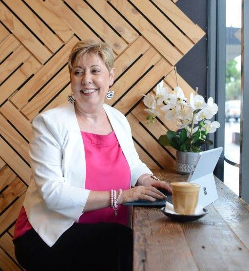 Sue Gilroy is a reputable and empathetic life and business coachcoach